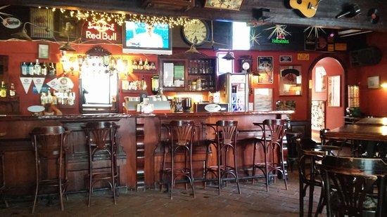 troha-pub-bled.jpg